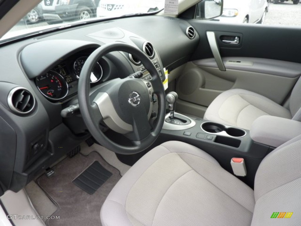 Gray Interior 2013 Nissan Rogue S AWD Photo #71605449