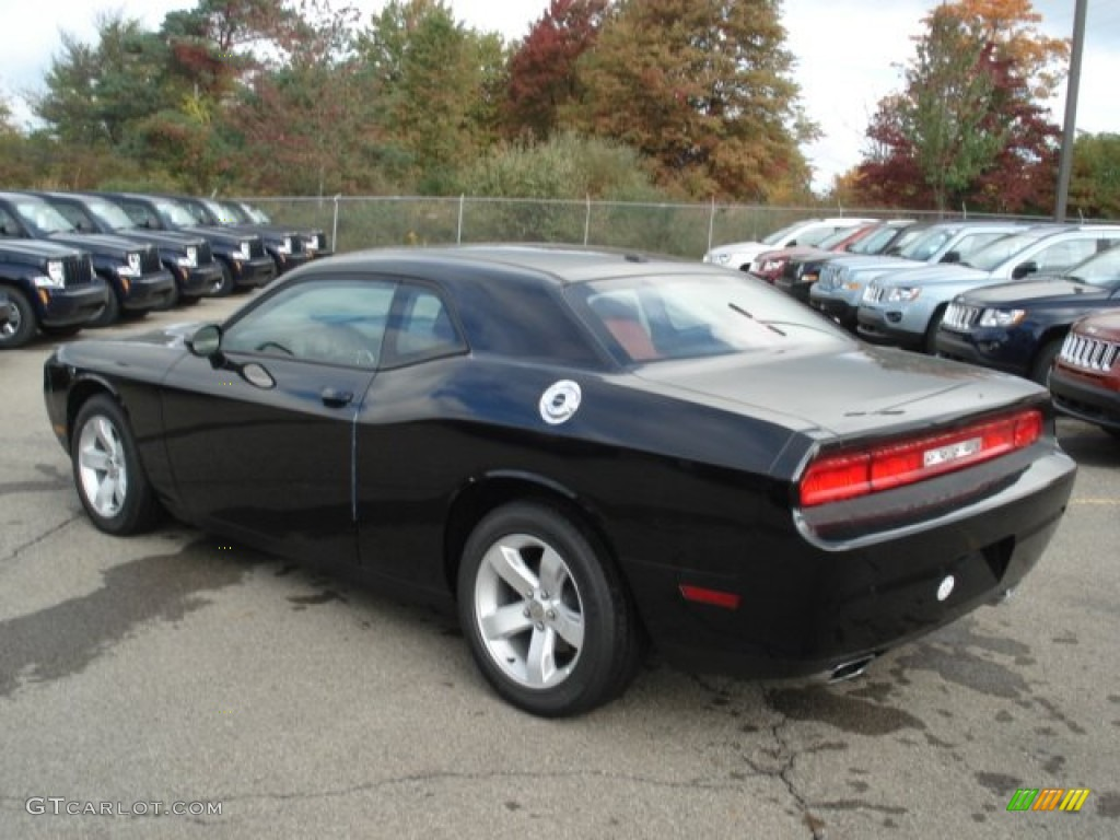 Pitch black 2013 dodge challenger sxt plus exterior photo 71639710