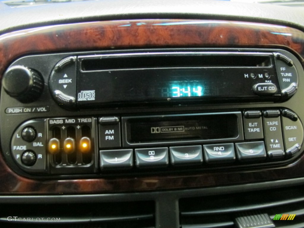 2000 jeep grand cherokee limited 4x4 audio system photos. Black Bedroom Furniture Sets. Home Design Ideas