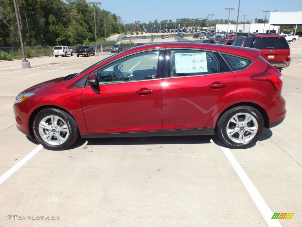 ruby red 2013 ford focus se hatchback exterior photo 71697031. Black Bedroom Furniture Sets. Home Design Ideas