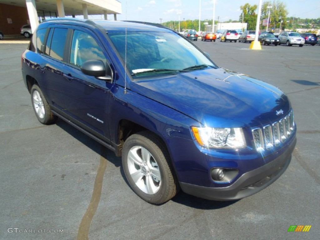 2013 true blue pearl jeep compass latitude 71688332. Black Bedroom Furniture Sets. Home Design Ideas