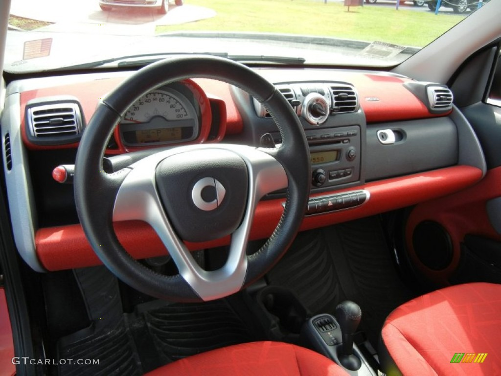 2009 smart fortwo passion coupe design red dashboard photo 71764893. Black Bedroom Furniture Sets. Home Design Ideas
