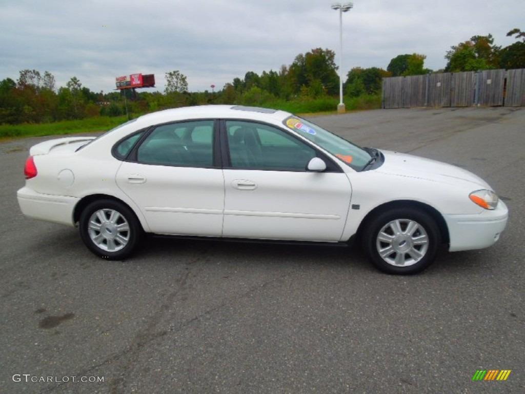 Vibrant white 2004 ford taurus sel sedan exterior photo 71900253 gtcarlot com