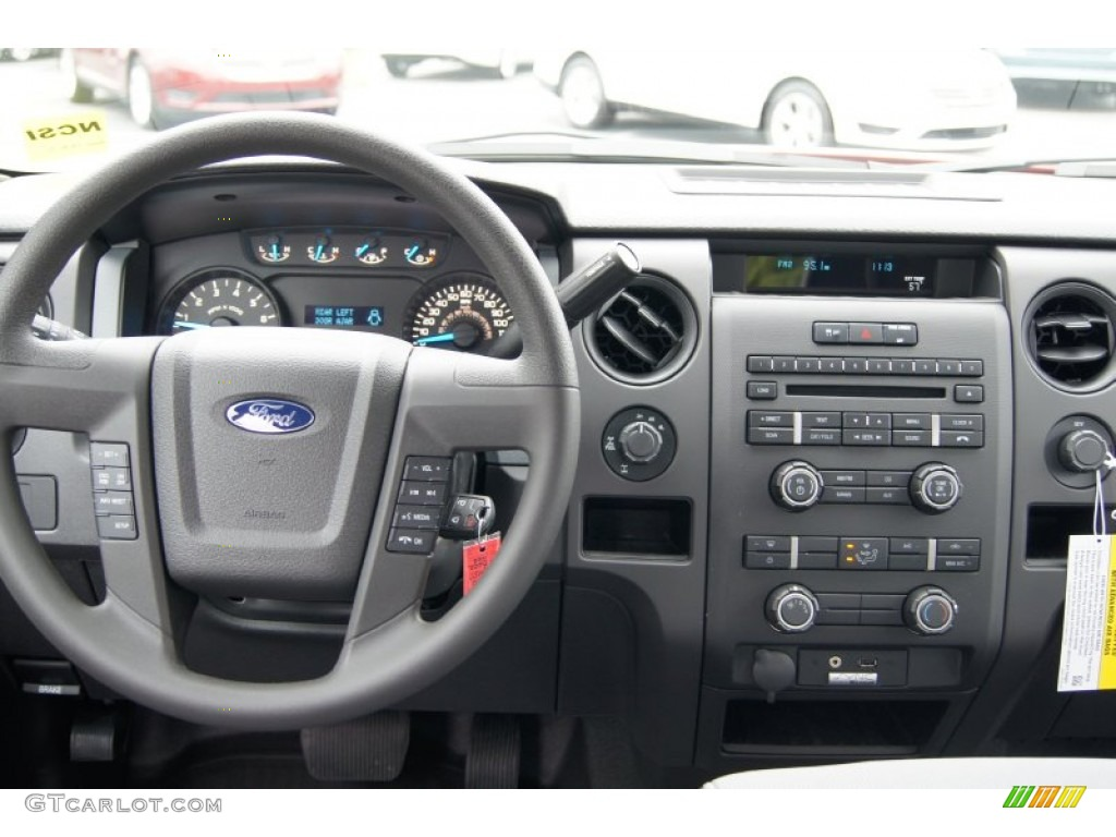 2013 Ford F150 Stx Supercab 4x4 Steel Gray Dashboard Photo
