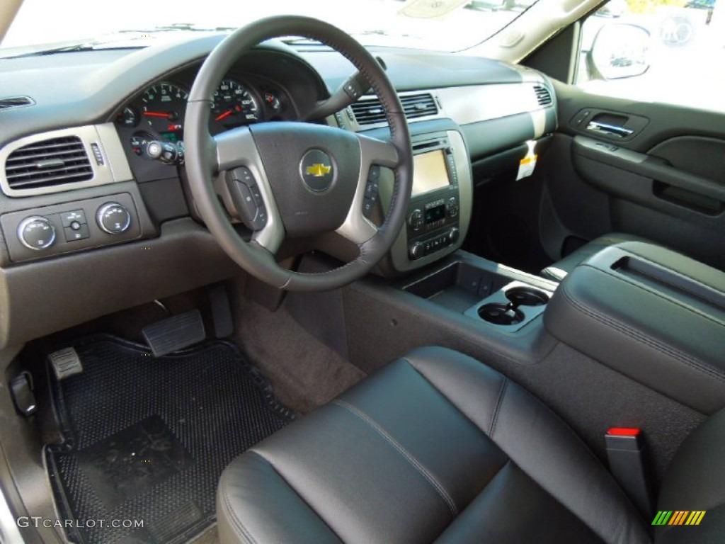 Ebony Interior 2013 Chevrolet Suburban Lt 4x4 Photo
