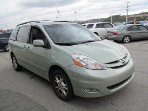 2006 toyota sienna xle awd data info and specs. Black Bedroom Furniture Sets. Home Design Ideas