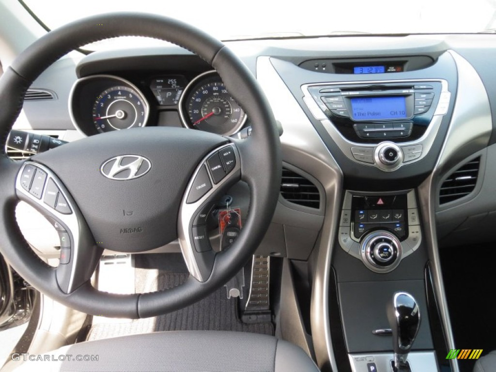 2013 Hyundai Elantra Coupe Se Gray Dashboard Photo