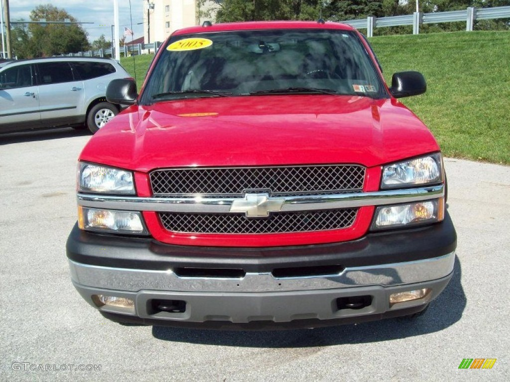 2005 Silverado 1500 Z71 Extended Cab 4x4 - Victory Red / Dark Charcoal photo #14