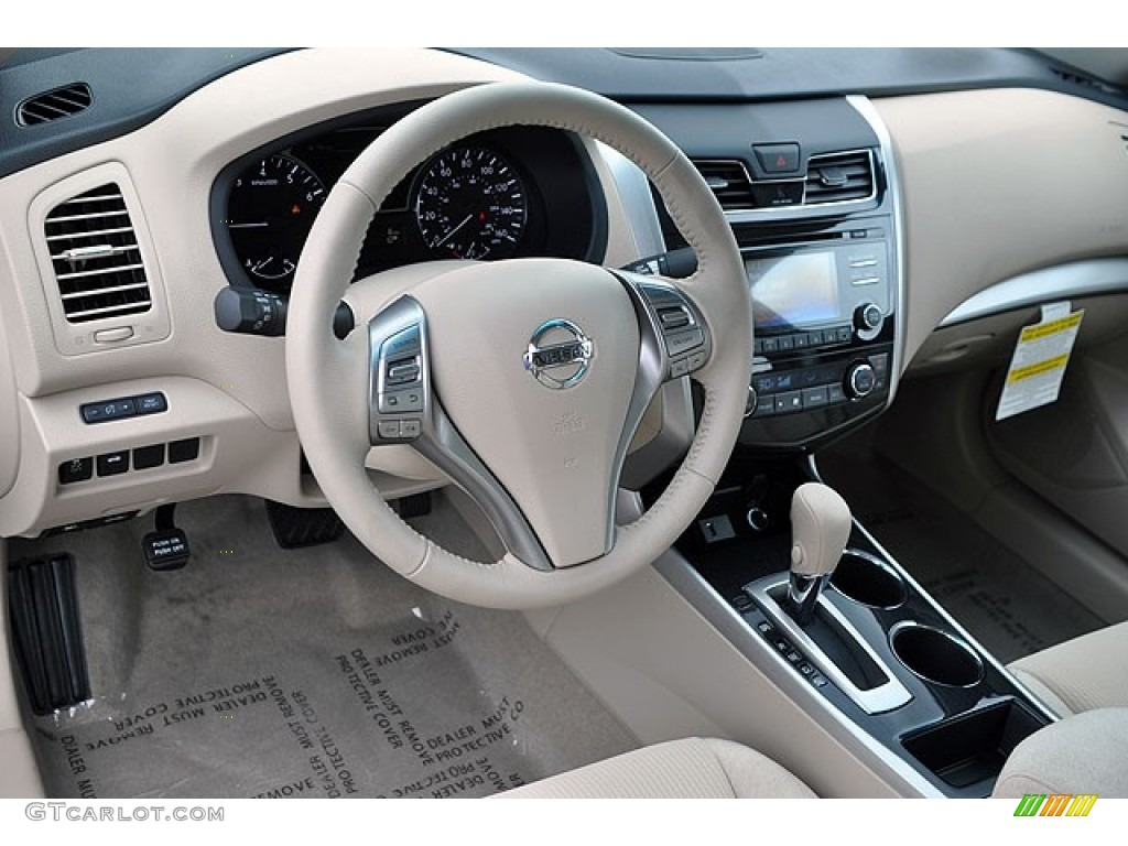 Beige Interior 2013 Nissan Altima 2.5 SV Photo #72043795