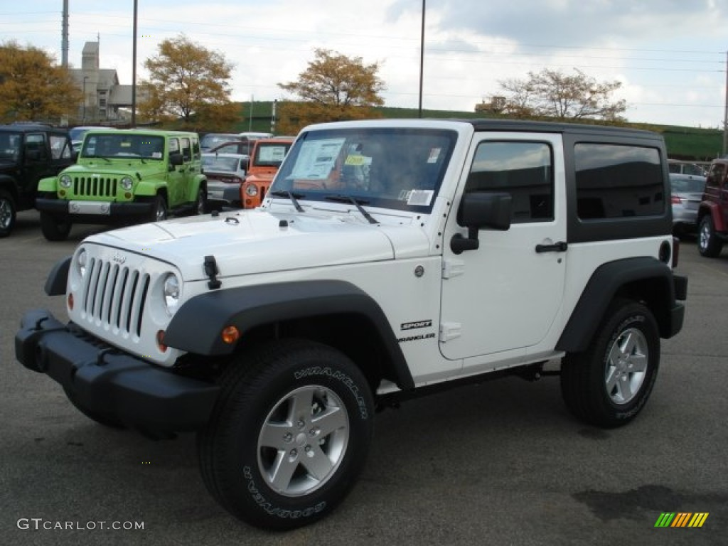 bright white 2013 jeep wrangler sport s 4x4 exterior photo 72064537. Black Bedroom Furniture Sets. Home Design Ideas