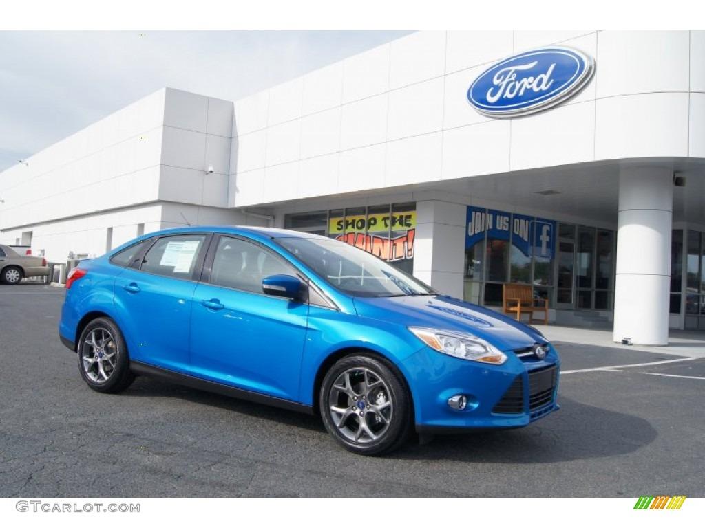 Blue Candy 2013 Ford Focus Se Sedan Exterior Photo