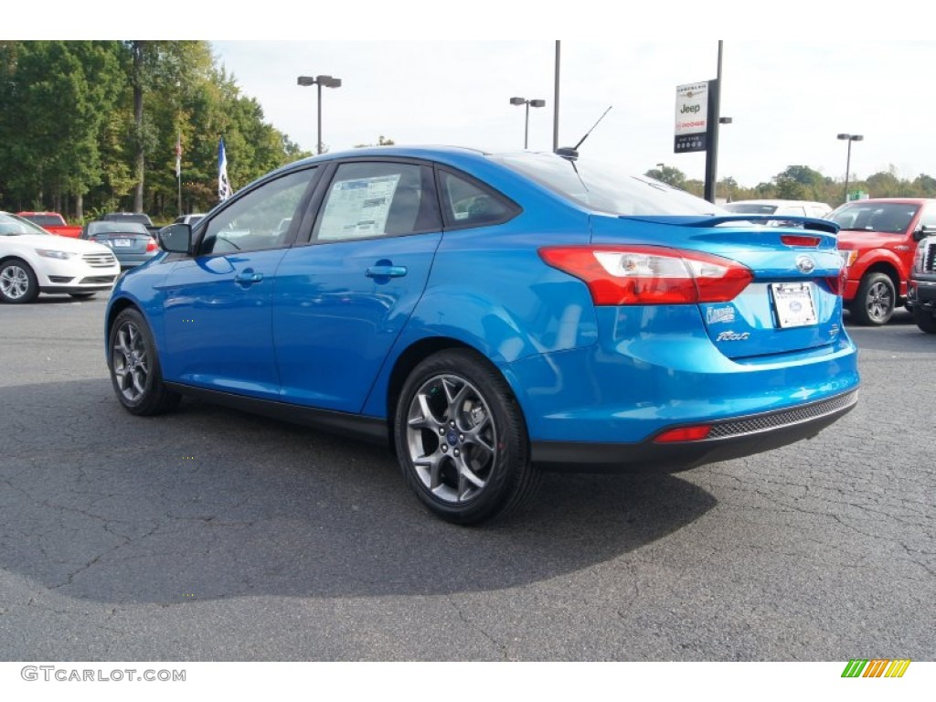 Blue Candy 2013 Ford Focus SE Sedan Exterior Photo #72104262