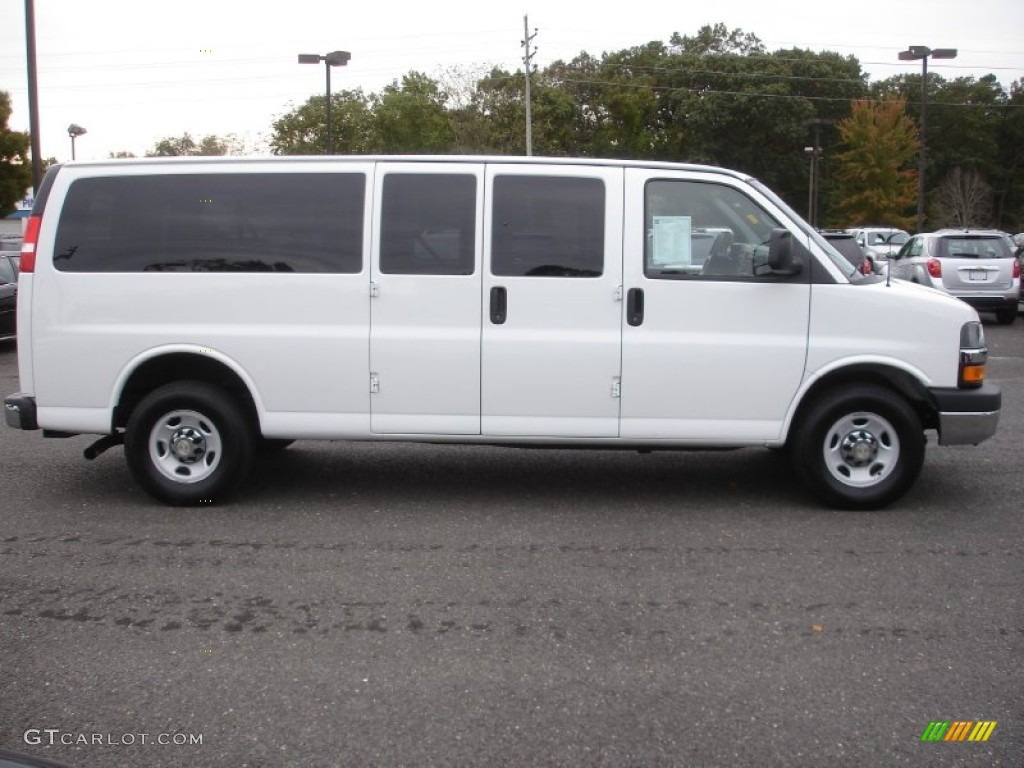 Summit white 2012 chevrolet express ls 3500 passenger van exterior photo 72119862
