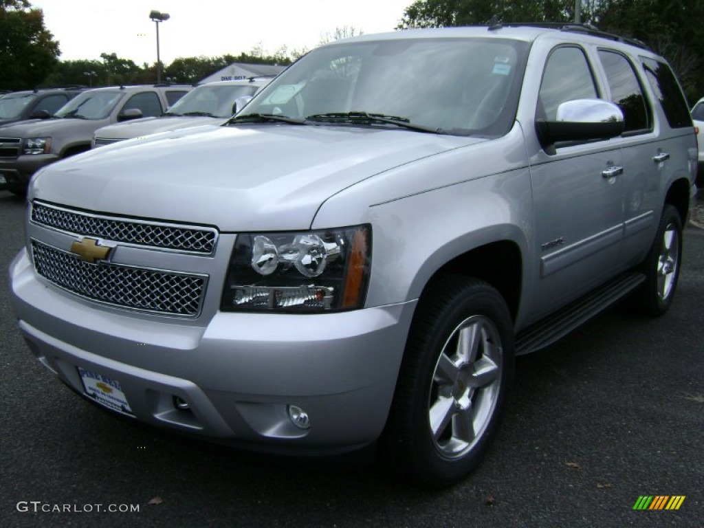2013 silver ice metallic chevrolet tahoe ls 4x4 72101527 car color galleries. Black Bedroom Furniture Sets. Home Design Ideas