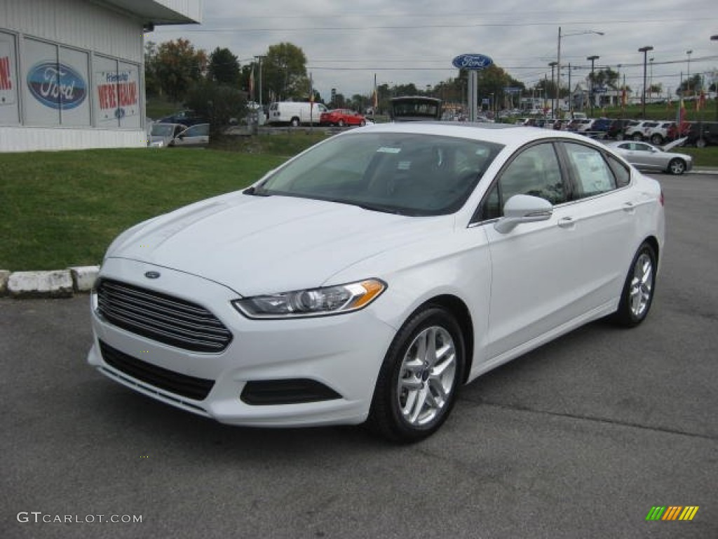Oxford white 2013 ford fusion se exterior photo 72150603 for 2013 ford fusion exterior colors