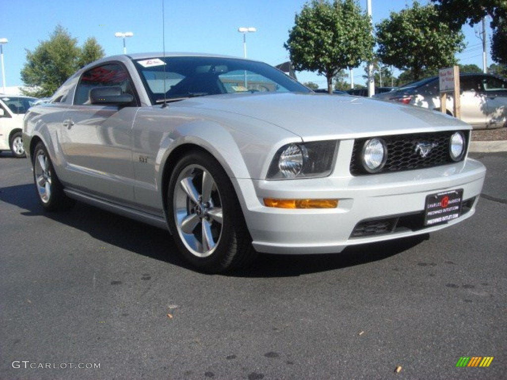 2007 Mustang GT Premium Coupe - Satin Silver Metallic / Dark Charcoal photo #1