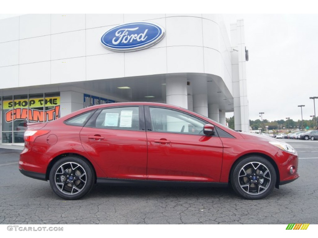 ruby red 2013 ford focus se sedan exterior photo 72222128