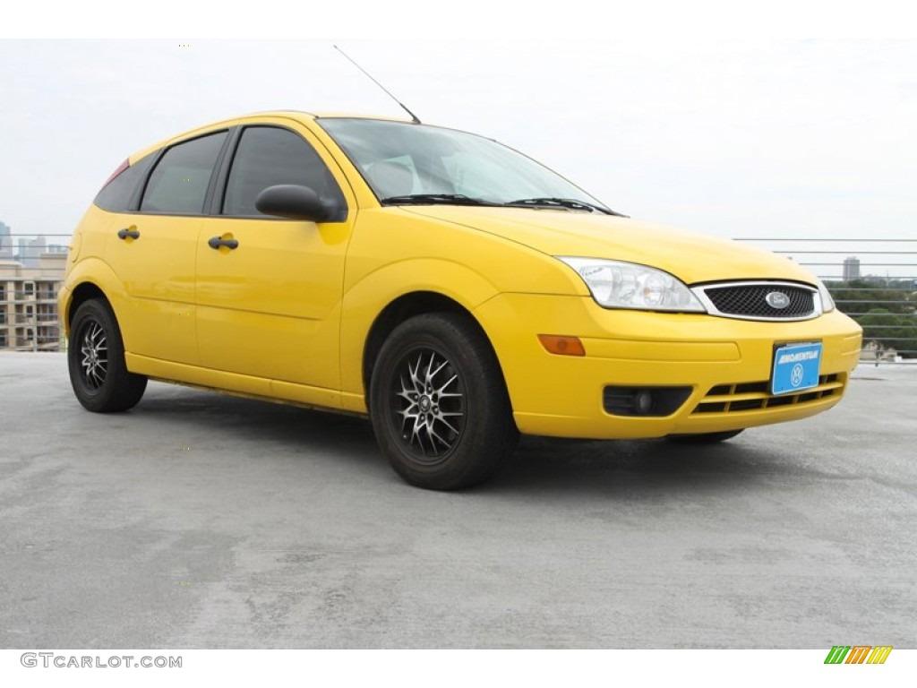 2007 screaming yellow ford focus zx5 se hatchback 72246161 car color galleries. Black Bedroom Furniture Sets. Home Design Ideas