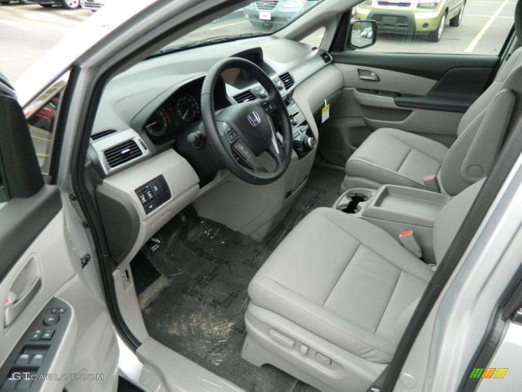 Gray Interior 2013 Honda Odyssey Ex L Photo 72335312