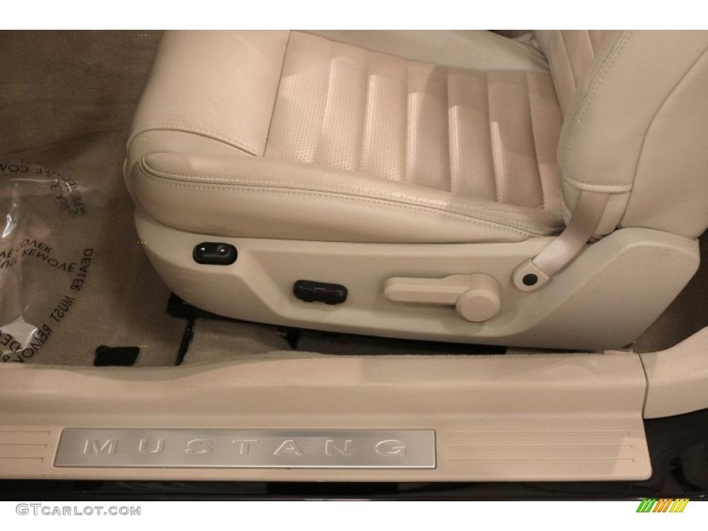 2007 Mustang GT Premium Convertible - Black / Medium Parchment photo #10