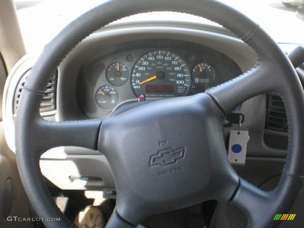 1999 Chevrolet Astro LT AWD Passenger Van Neutral Steering Wheel Photo #72349416