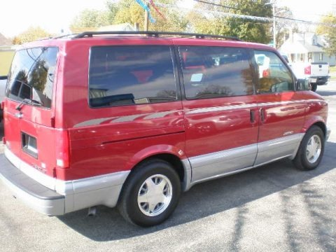 1999 Chevrolet Astro LT AWD Passenger Van Data, Info and Specs