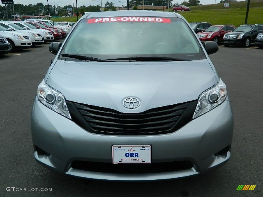 2011 Sienna  - Silver Sky Metallic / Light Gray photo #8
