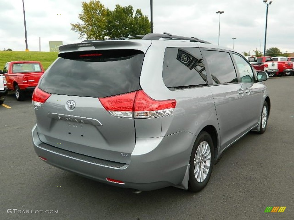 2011 Sienna XLE - Silver Sky Metallic / Light Gray photo #3