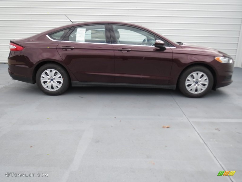 Bordeaux Reserve Red Metallic 2013 Ford Fusion S Exterior Photo 72409256