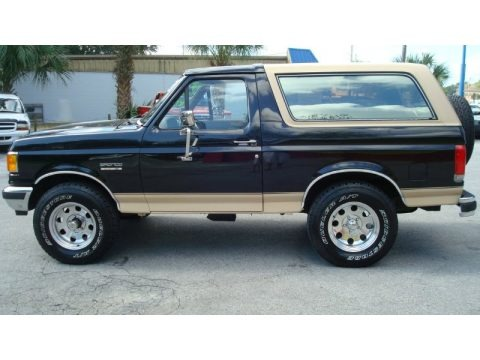 1990 Ford Bronco Eddie Bauer 4x4 Data, Info and Specs | GTCarLot.com