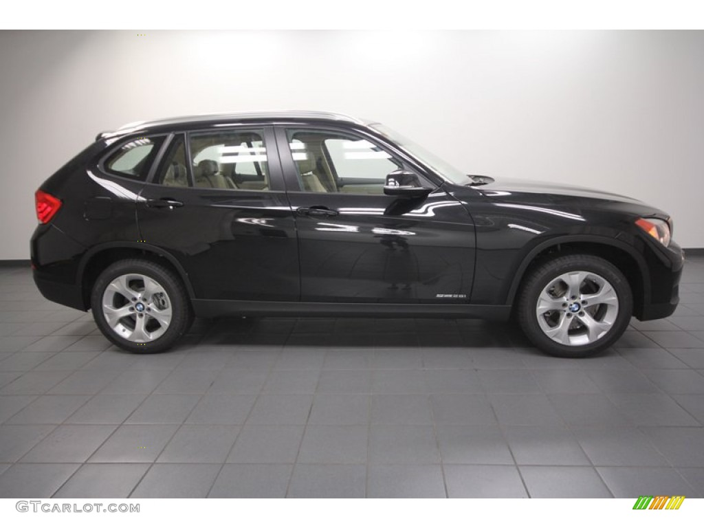 black sapphire metallic 2013 bmw x1 sdrive 28i exterior. Black Bedroom Furniture Sets. Home Design Ideas