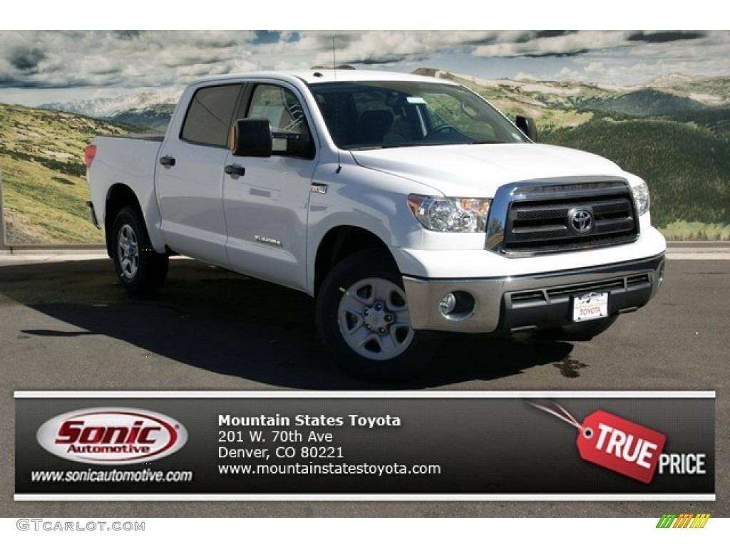 Super White Toyota Tundra