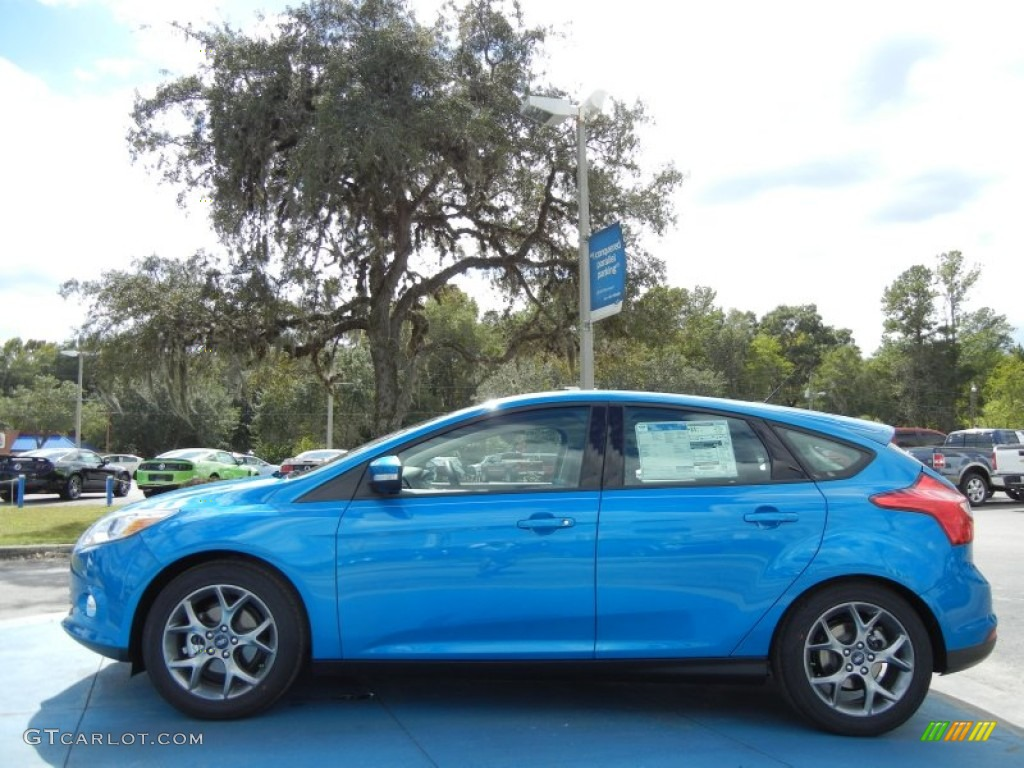Blue candy 2013 ford focus se hatchback exterior photo 72685483 gtcarlot com