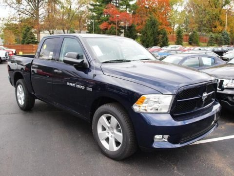 2012 dodge ram 1500 express crew cab 4x4 data info and specs. Black Bedroom Furniture Sets. Home Design Ideas
