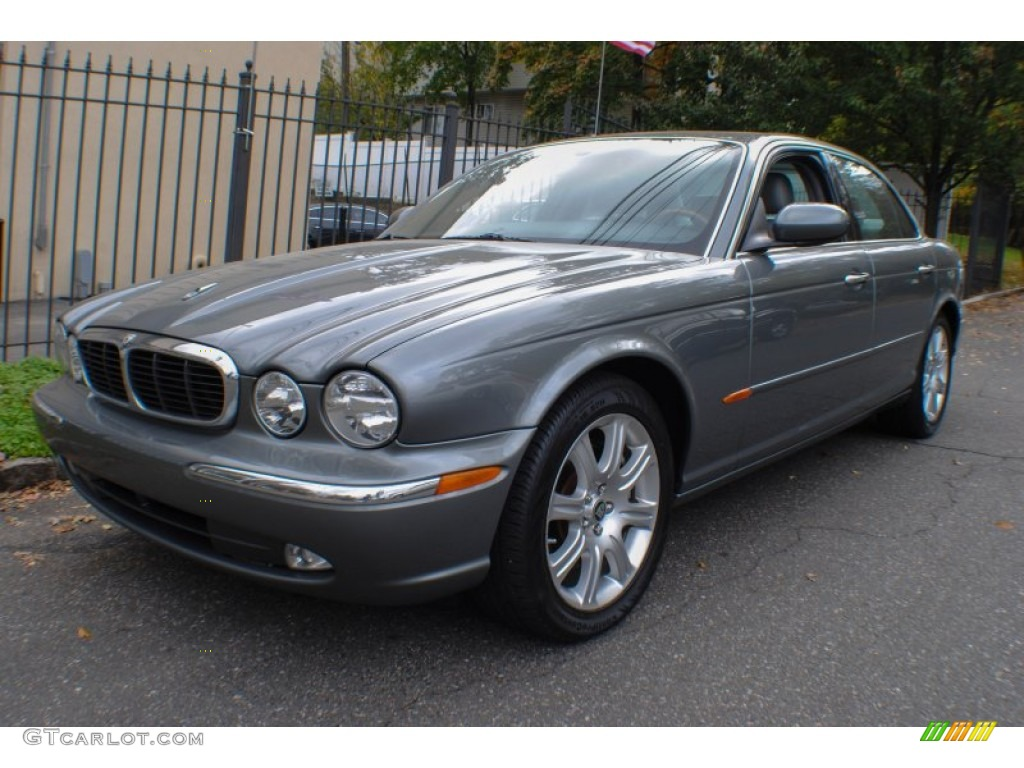 Quartz metallic 2004 jaguar xj xj8 exterior photo for Jaguar xj exterior
