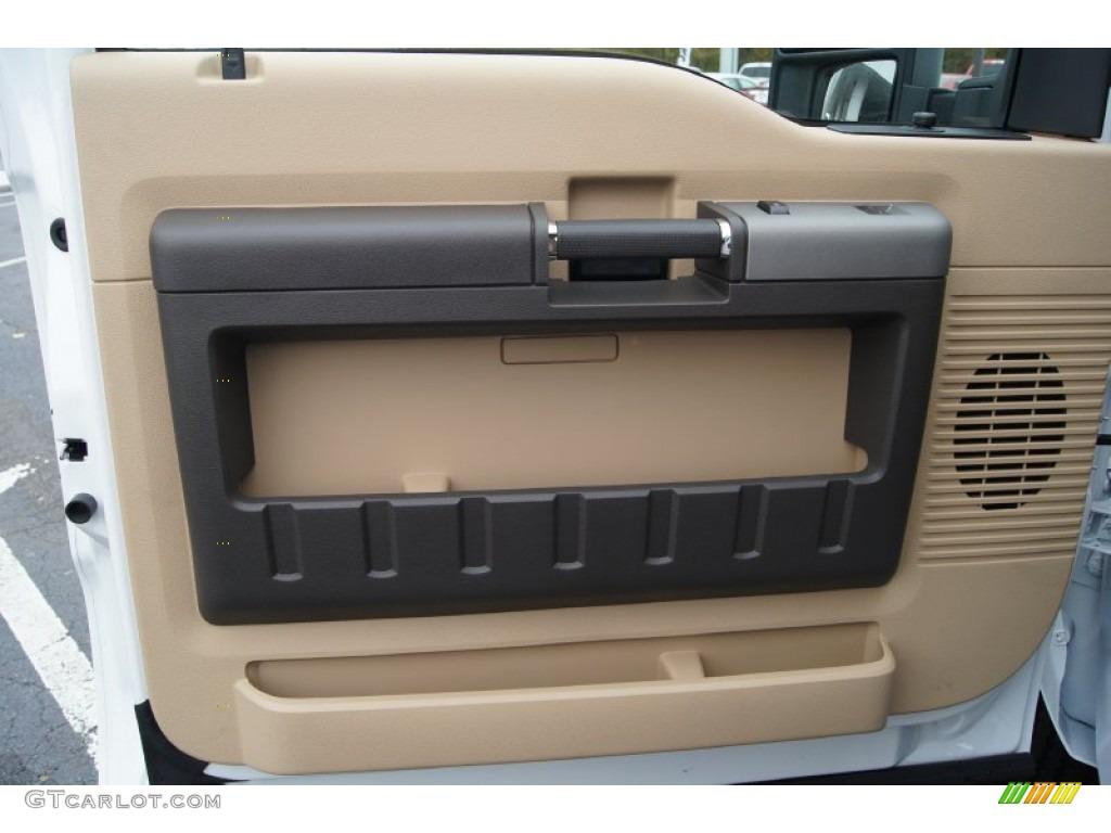 1999 Ford F250 Super Duty News >> 2012 Ford F250 Super Duty XLT SuperCab 4x4 Door Panel Photos | GTCarLot.com