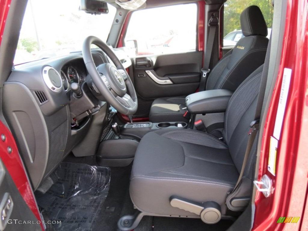 Black Interior 2013 Jeep Wrangler Unlimited Sahara 4x4 Photo 72933881