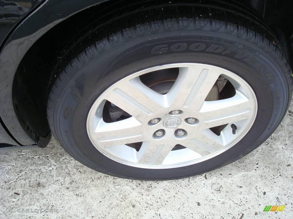 2005 300 Touring AWD - Brilliant Black Crystal Pearl / Dark Slate Gray/Medium Slate Gray photo #10