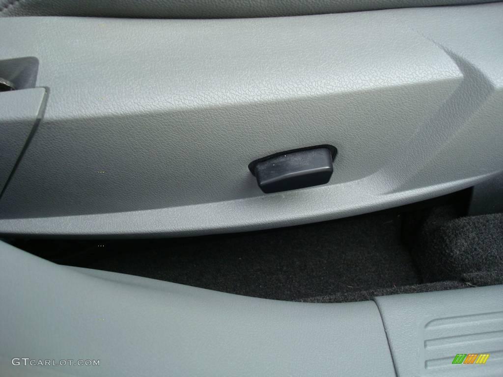 2005 300 Touring AWD - Brilliant Black Crystal Pearl / Dark Slate Gray/Medium Slate Gray photo #16