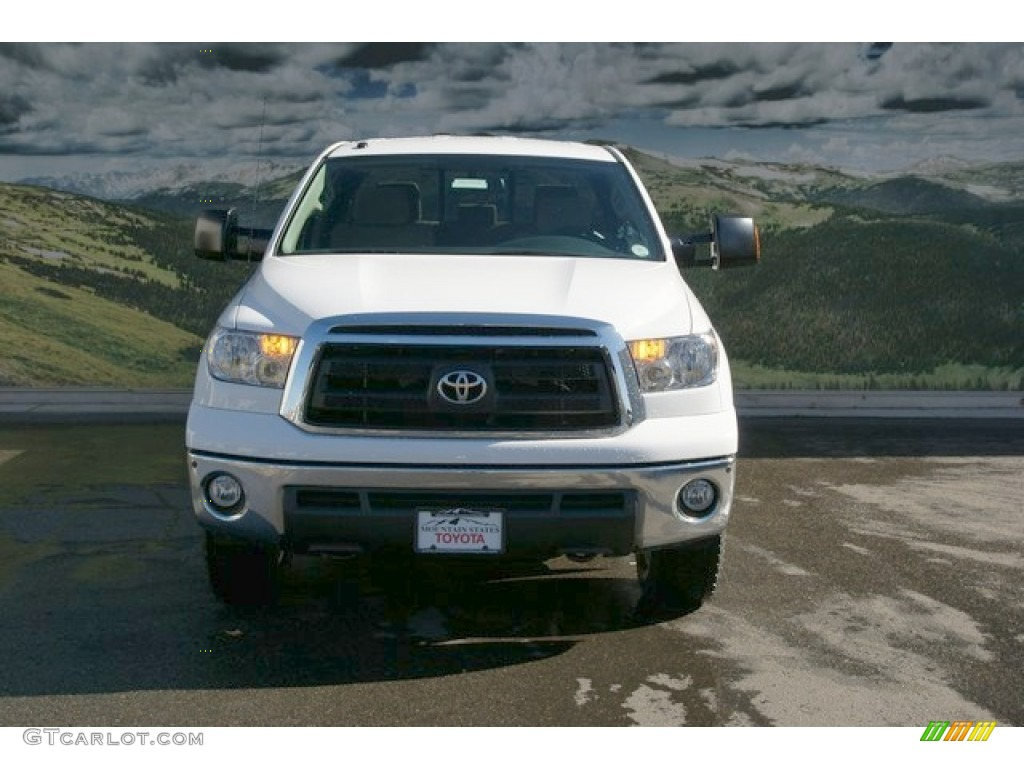 2013 Tundra SR5 TRD Double Cab 4x4 - Super White / Sand Beige photo #4