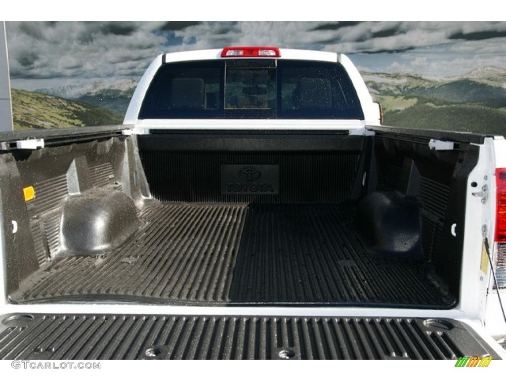 2013 Tundra SR5 TRD Double Cab 4x4 - Super White / Sand Beige photo #9