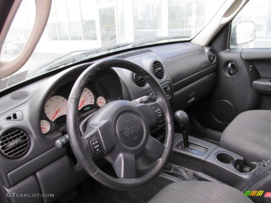2003 Jeep Liberty Sport 4x4 Interior Photo 73024654