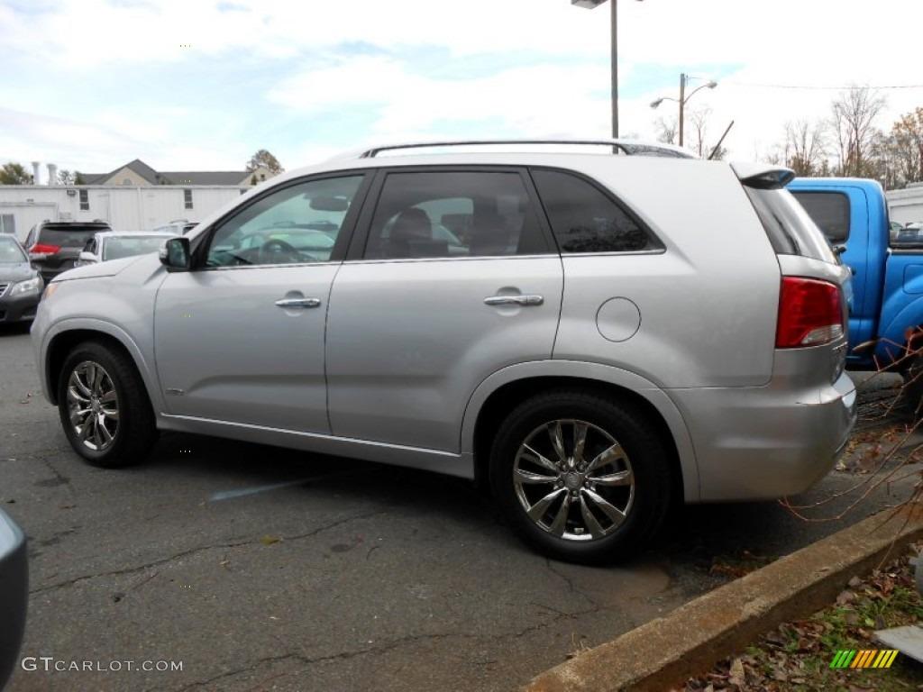 2011 Sorento SX V6 AWD - Bright Silver / Black photo #4