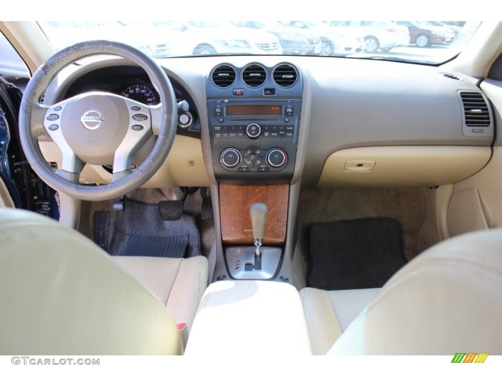 2007 Nissan Altima 2 5 S Frost Dashboard Photo 73149579