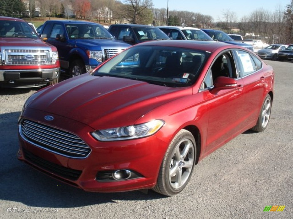 2013 Fusion SE 2.0 EcoBoost - Ruby Red Metallic / SE Appearance Package Charcoal Black/Red Stitching photo #4