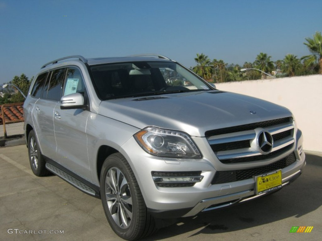 2013 iridium silver metallic mercedes benz gl 350 bluetec for Mercedes benz silver