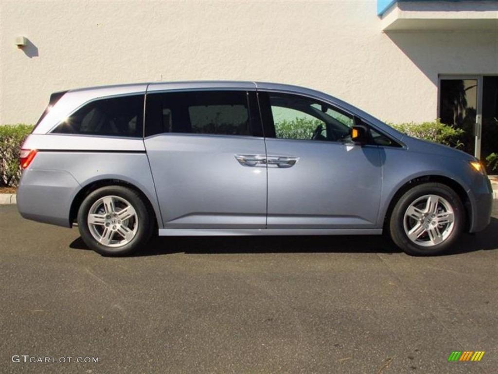 2013 Celestial Blue Metallic Honda Odyssey Touring Elite 73347471 Photo 2 Gtcarlot Com Car Color Galleries