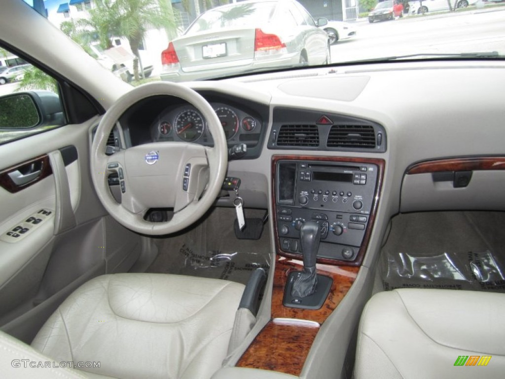 2006 Volvo V70 2 5t Interior Color Photos Gtcarlot Com