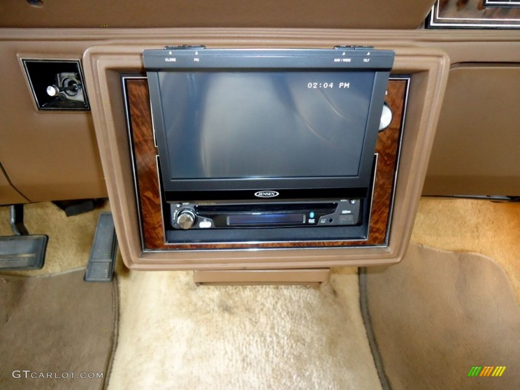 1985 Cream Beige Oldsmobile Cutlass Supreme Brougham Coupe 73408457 Photo 71