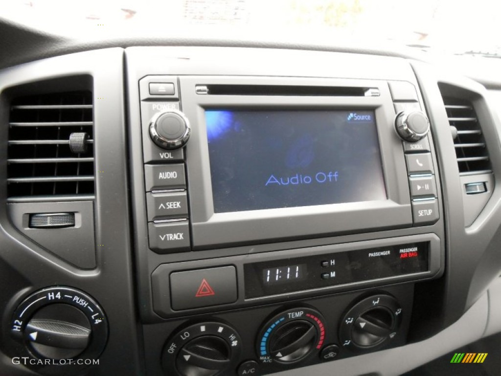 2013 Toyota Tacoma Regular Cab 4x4 Controls Photo ...
